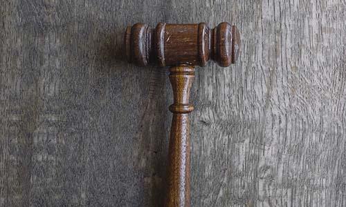 Enseñanza del Derecho. Una experiencia a distancia… ¡de Historia del Derecho!